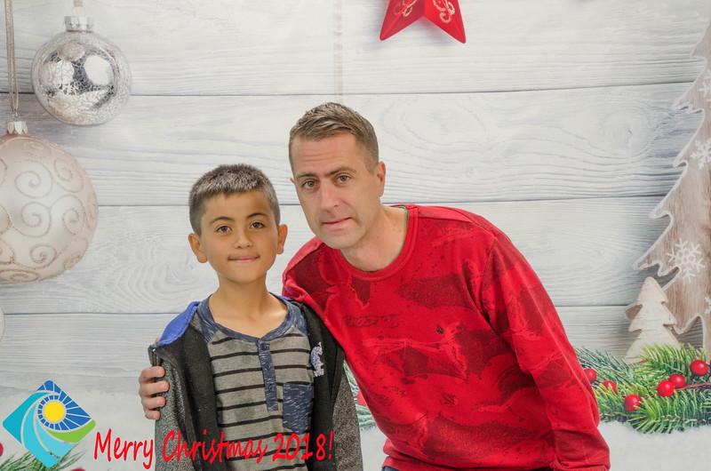 Christmas Photobooth 2018 Sunday-143.jpg
