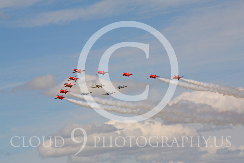 Red Arrows 00006 BAE Hawk Red Arrows by Peter J Mancus.JPG