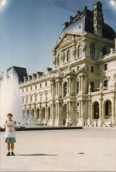 Paris 90s 017.jpg