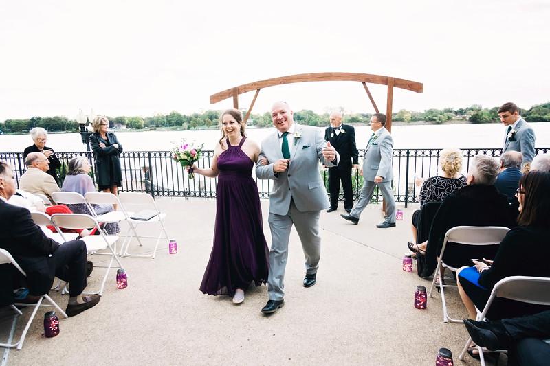 chateau-on-the-river-trenton-michigan-wedding-0313.jpg