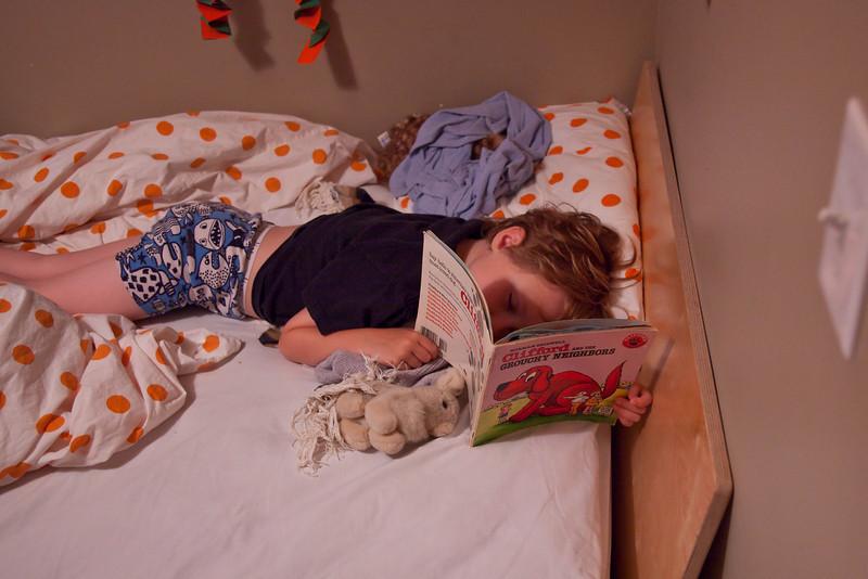2009-05-28_AndreasSleeping_003.jpg