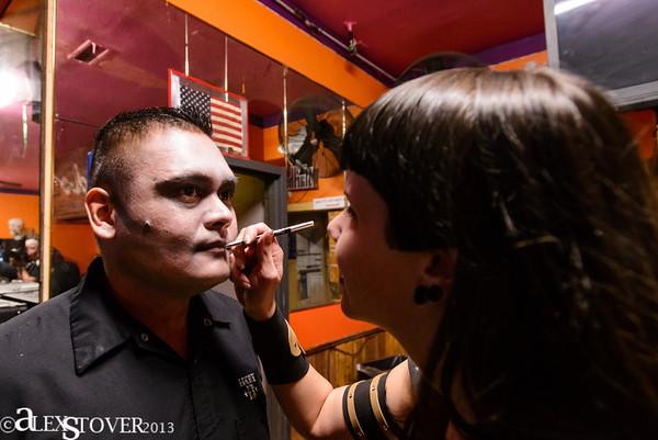 Club Apparition Skeletal Family-Halloween 2013