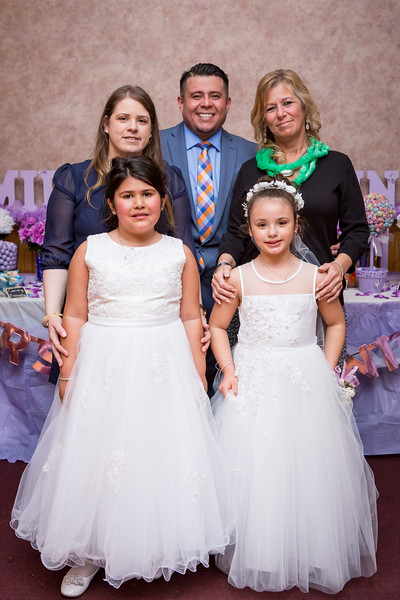 Mikayla and Gianna Communion Party-122.jpg