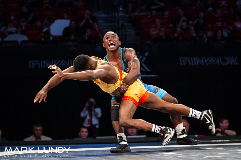 Match 2: Mango dec. Johnson, 6-5