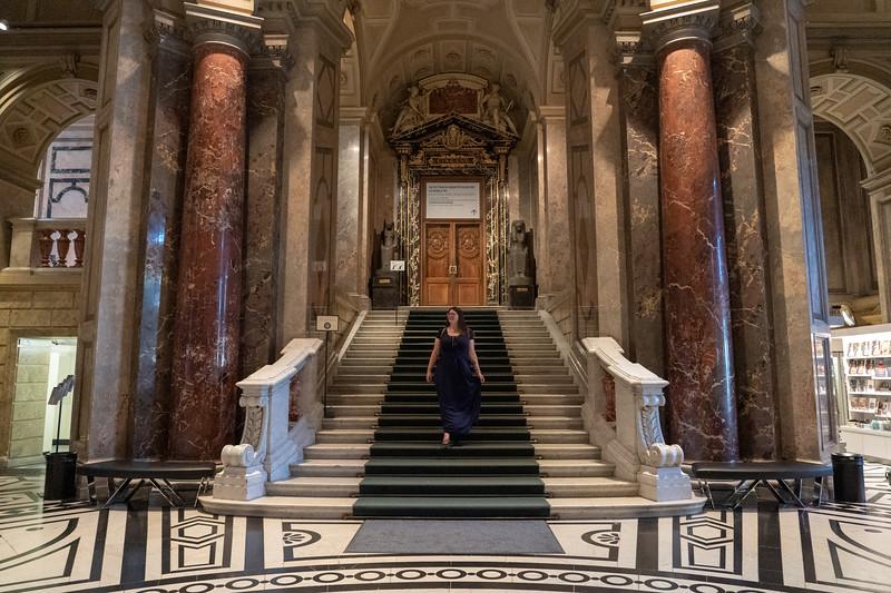 Amanda at Museum of Fine Arts in Vienna