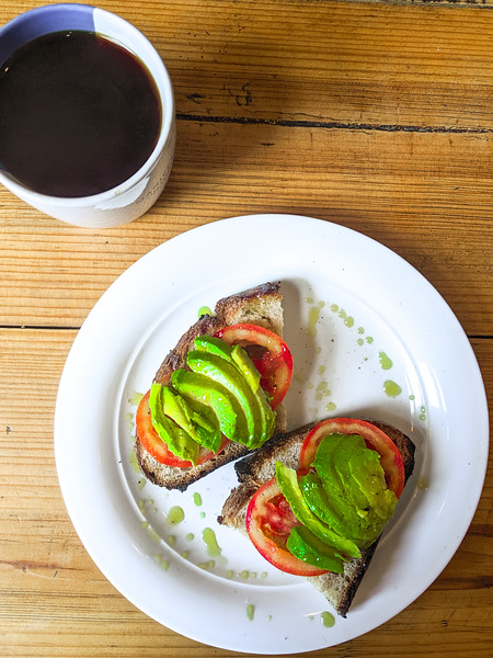 merida manifesto cafe avocado toast-2.jpg