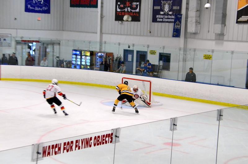 171008 Junior Bruins Hockey-157.JPG