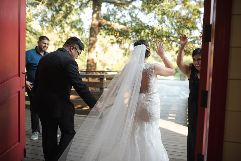 Kaitlin_and_Linden_Wedding_Ceremony-155.jpg