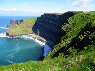 Ireland April 27, 2014: On the road, Cliffs of Moher, Ennis