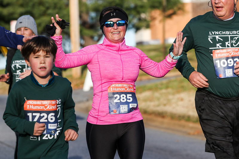 2019 Lynchburg Turkey Trot 275.jpg