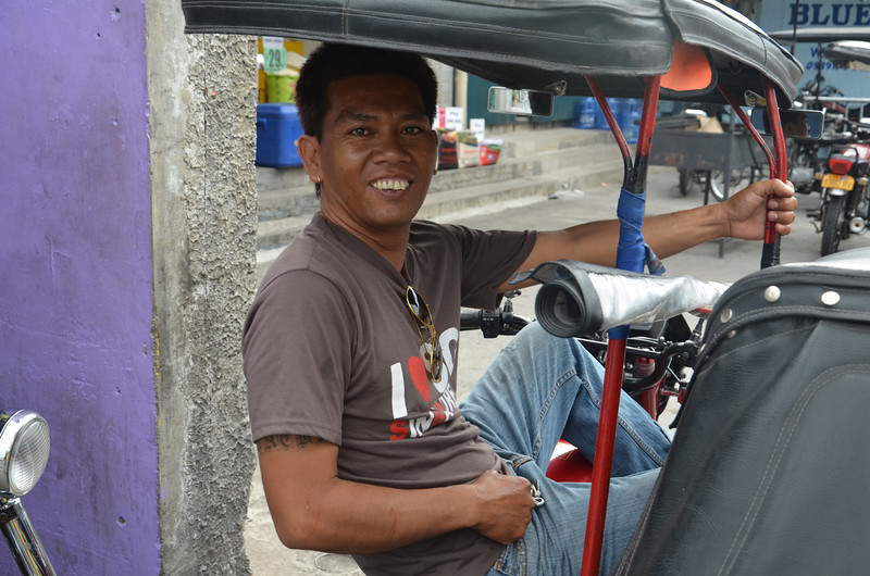 DSC_7841-tricycle-man.JPG