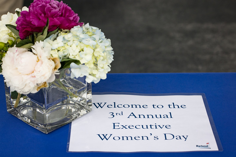 21_0713_Executive Women's Day_ww-8972.jpg