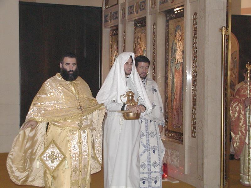2002-10-12-Deacon-Ryan-Ordination_033.jpg