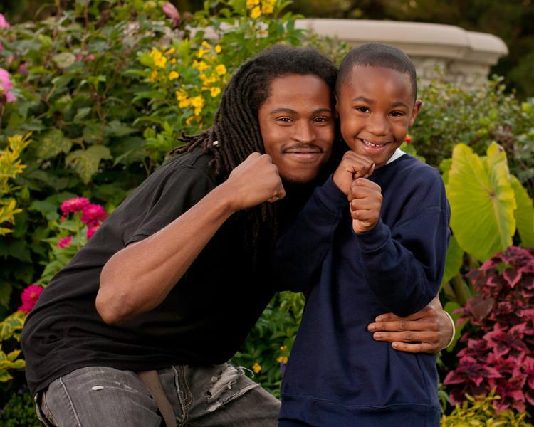 20110925-Peaches Family-6191.jpg