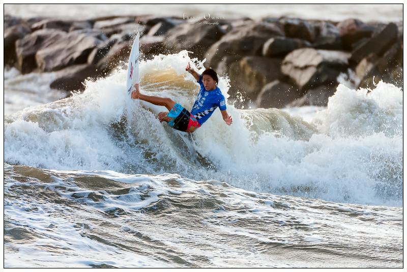 082414JTO_DSC_3017_Surfing-Vans Pro-Takumi Nakamura-Rd4 Heat 1.jpg