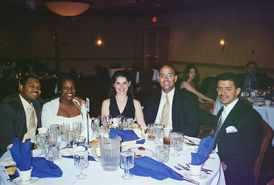 2001 Noche Dorada