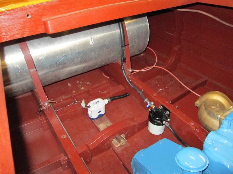 New bilge pump mounted.