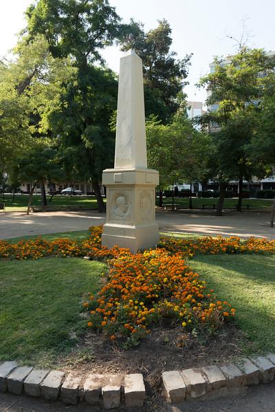MONUMENTO ESCRITORES-10.jpg