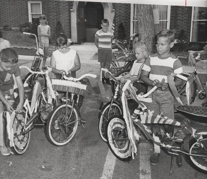 UNION INSIDE SPIKING UP BIKES-1965.jpg