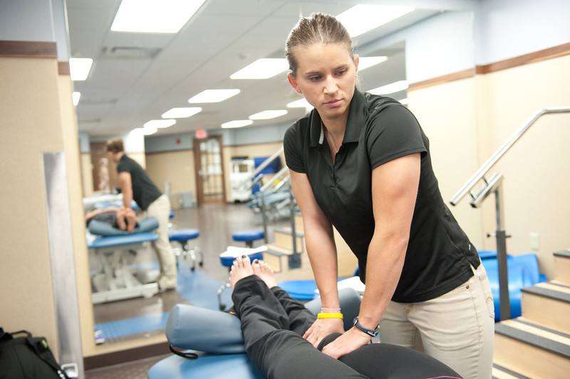 Physical_Therapy_Class-7071.jpg