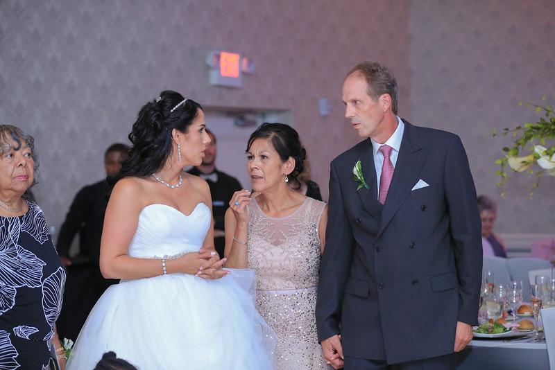 119_speeches_ReadyToGoPRODUCTIONS.com_New York_New Jersey_Wedding_Photographer_J+P (805).jpg