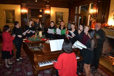 Mayfield Senior Students Perform Christmas Program