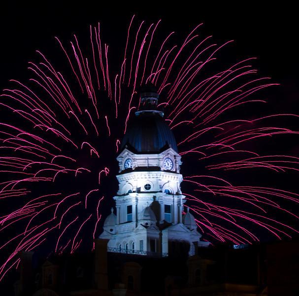 Terre_haute_fireworks_0157.jpg