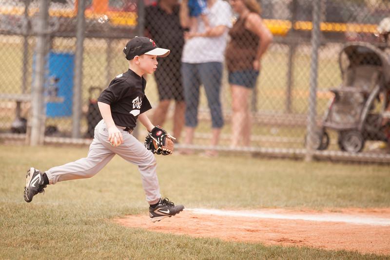 Younger Baseball-119.jpg