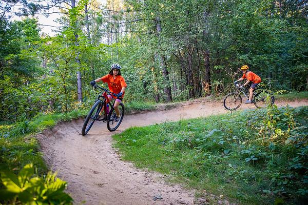 Mt Bike Team Action Shots