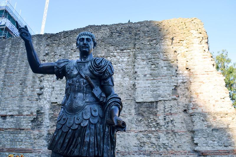 Roman Wall London (1).jpg