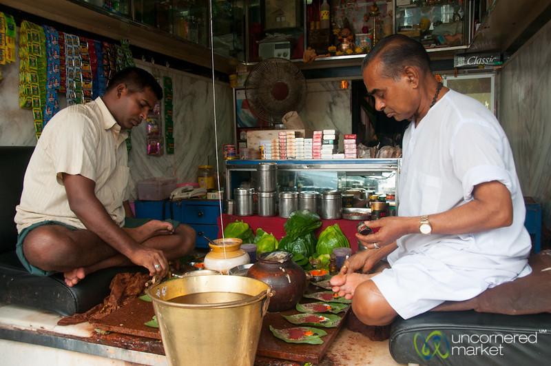 Paan Walas Near Khar Station, Mumbai