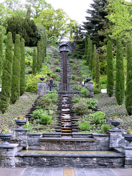 Day7-Mainau water feature.jpg