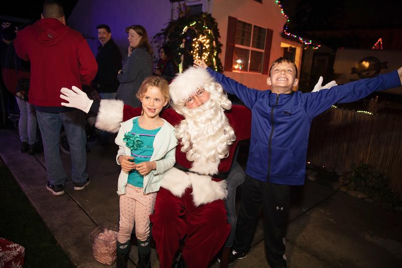 12-08-19-Christmas With Chris & Family-31.jpg