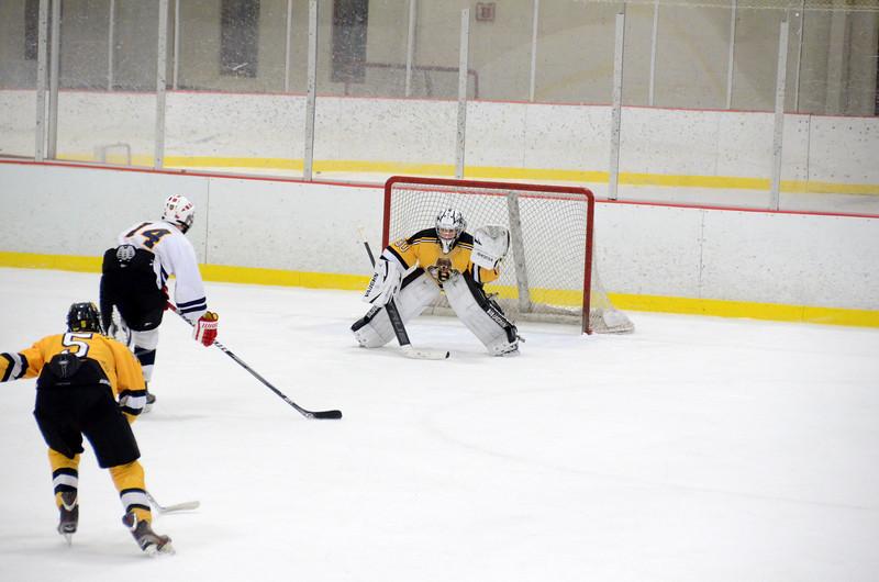 141004 Jr. Bruins vs. Boston Bulldogs-234.JPG