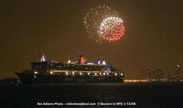 3 Cunard Queens in NYC 1/13/08
