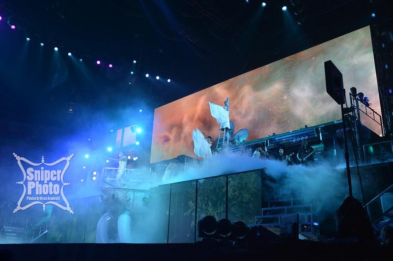 Justin Bieber at Yum Center in Louisville - Sniper Photo-23.jpg