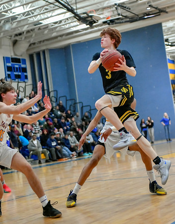 20190128 Boys Varsity Basketball Richard Montgomery at Gaithersburg