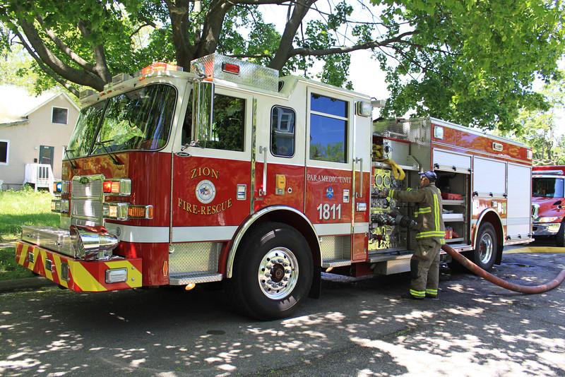 Zion Fire Dept Working Fire 003.jpg