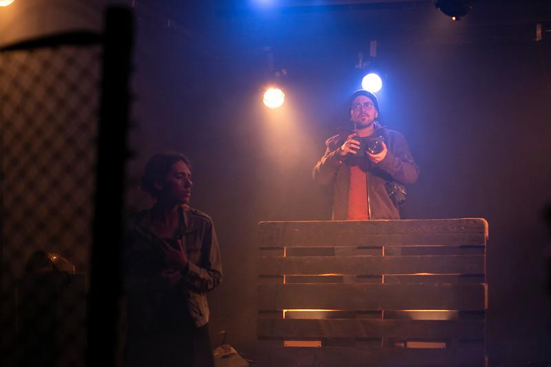 Allan Bravos - Fotografia de Teatro - Indac - Fronteiras-555.jpg