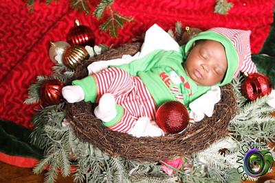 Isimah's Christmas Portrait