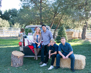 2019 Abreail Holiday Mini Session