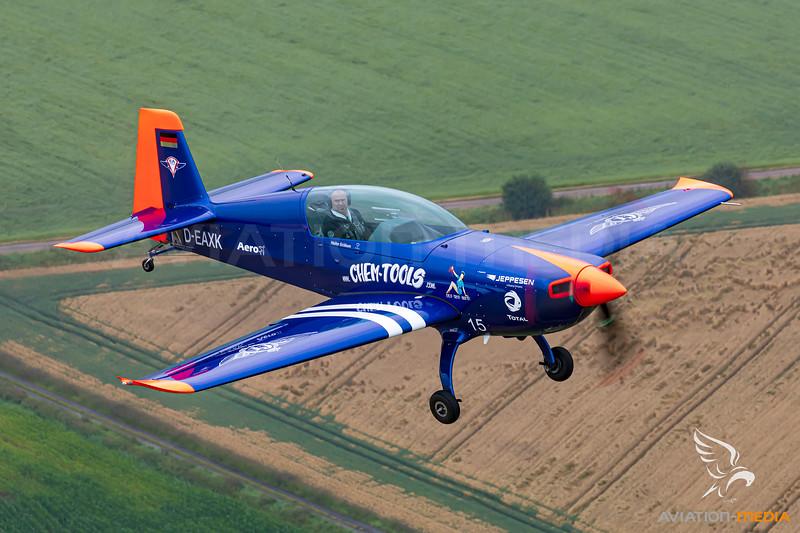 Private / Extra EA-330LT / D-EAXK