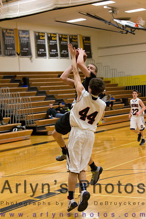 Hutch Boys Basketball vs Orono