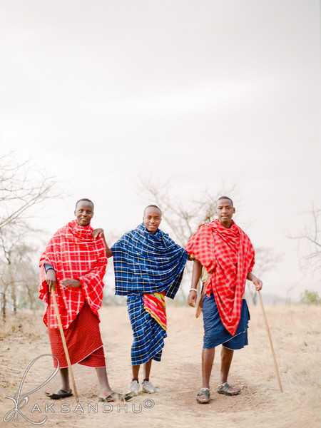 Safari-Africans-002.jpg