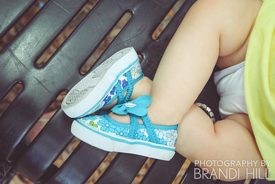 Laney and Harper's Spring Mini-Session with Brandi Hill