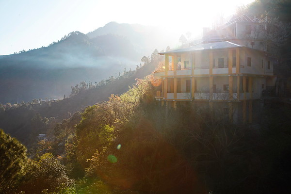 Madhuban Ashram - The Himalayas / Ашрам Мадхубан - Гималаи