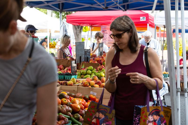 Del Ray Farmers Market 041.jpg