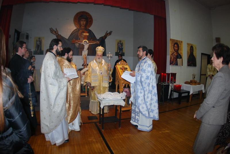 2012-11-04-Dome-Cross-Blessing-Sunday_261.JPG