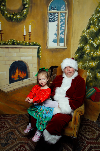 Pictures with Santa Earthbound 12.2.2017-025.jpg