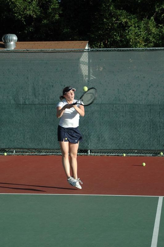 Menlo Girls Tennis 2005 - Player 2